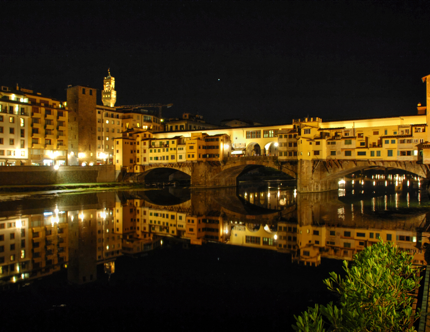 Florence Ponte Vecchio at Night 1080